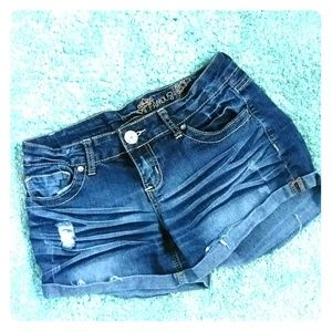 Almost Famous Jean shorts size 5